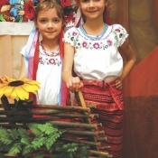 Софія й Єва Саприкіни