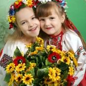 Іринка Савшак і Катруся Гаманюк, 6 р